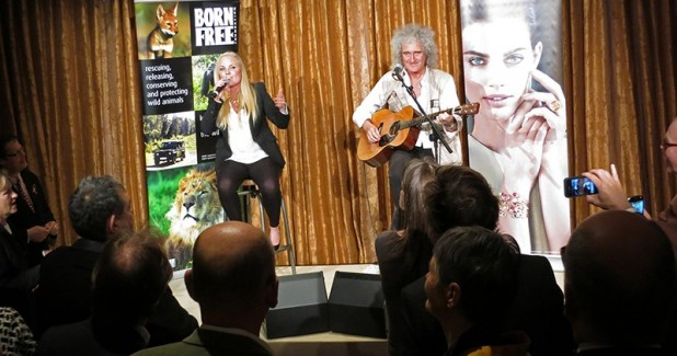 Brian-May-CBE-from-the-band-Queen-and-Kerry-Ellis-perform-with-the-new-ESM26-monitors